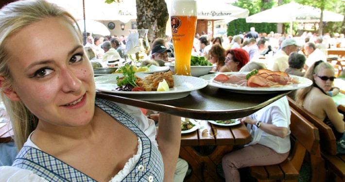 Biergarten Gasthof zum Wildpark Straßlach 1
