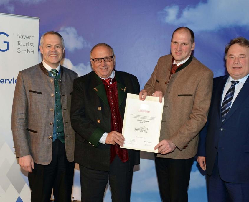 Auszeichnung für Toni und Thomas Roiderer